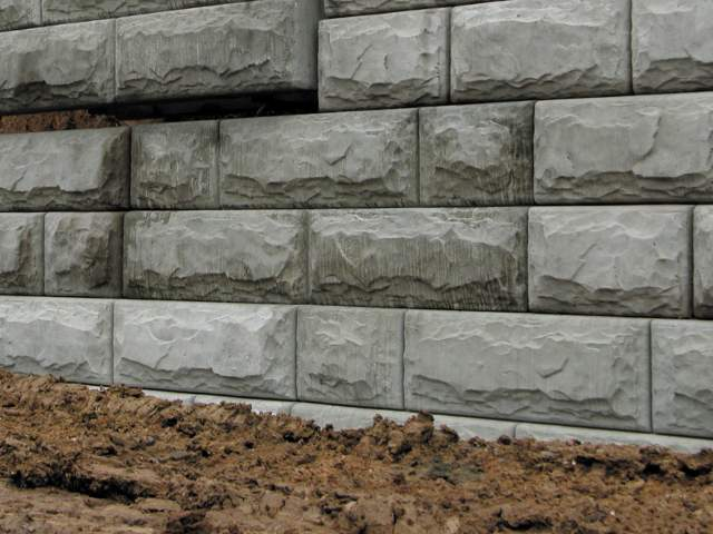 Precast Retaining Wall Blocks